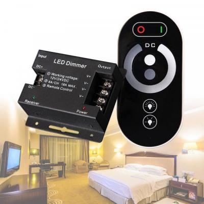 Controler cu Touch pentru LED Monocrom 12V/24V DC 3x6A CNTTO6318