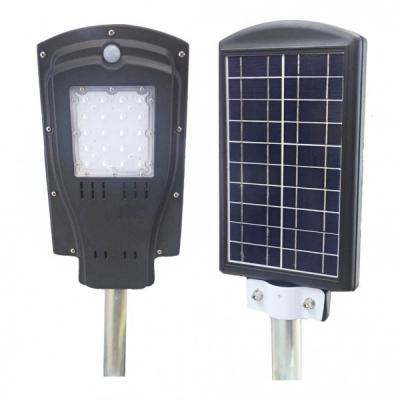 Corp de Iluminat Exterior 20LED 8W Solar cu Senzor Lumina si Miscare