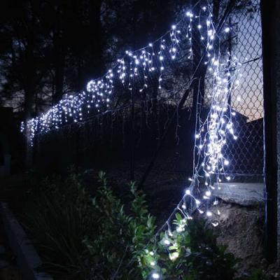 Instalatie de Craciun 48 Franjuri Inegali 8.5m 300 LEDuri Albe