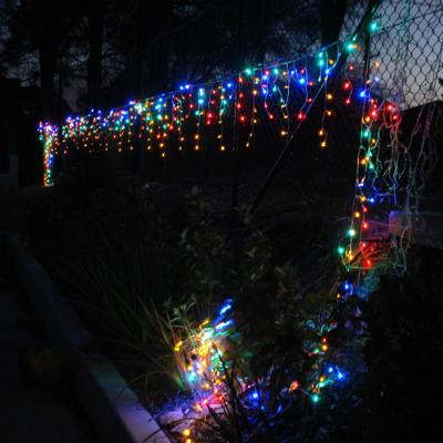 Instalatii Luminoase Perdea 40 Franjuri Inegali 280 LEDuri Multicolore 8.5m