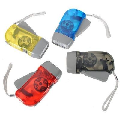 Lanterna cu 3 LEDuri si Dinam