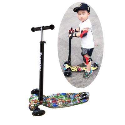Trotineta Copii Pliabila cu 4 Roti Luminoase Scooter MM05JU